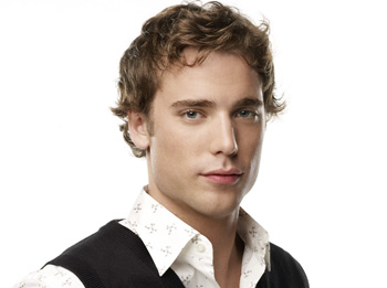 990210 Casting News: Dustin Milligan Out!