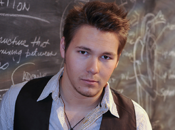 Scott Clifton Joins 'B&B'