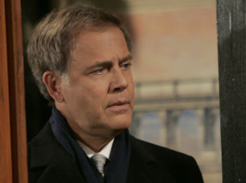 Mark Pinter Reprises Role As Agent Rayner