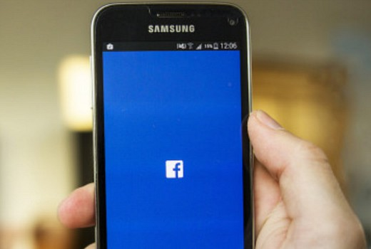 Broadcasters forge deal with Facebook