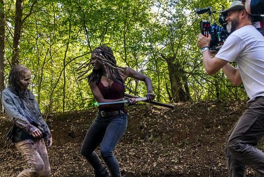 Returning: The Walking Dead, Talking Dead