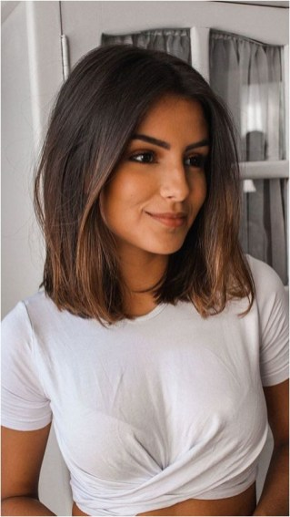 2 short bob hairstyle source shorthairmodels.com