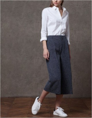 3 culottes and white shirt and sneakers casual office outfit source biseyre.com