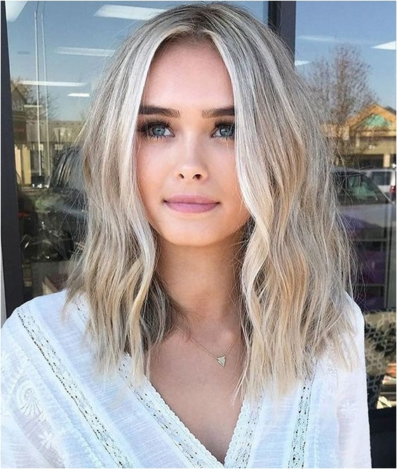 4 short blonde hairstyle source theundercut.com