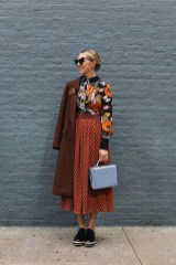 How to style and what to look for when shopping for dark florals for fall winter