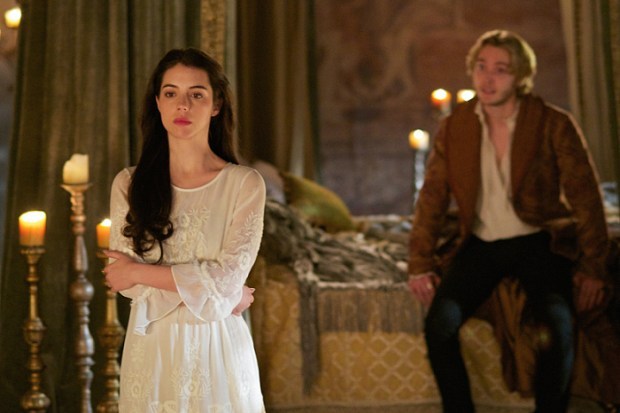"Reign -- ""Forbidden"" -- Image Number: RE215a_0396.jpg -- Pictured (L-R): Adelaide Kane as Mary, Queen of Scotland and France and Toby Regbo as King Francis II -- Photo: Sven Frenzel/The CW -- © 2015 The CW Network, LLC. All rights reserved."