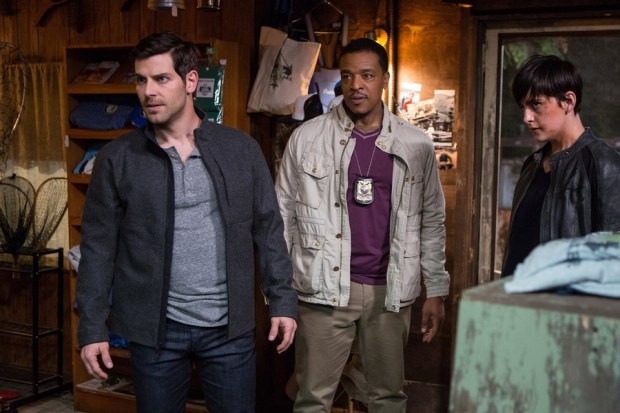 "GRIMM -- ""A Reptile Dysfunction"" Episode 508 -- Pictured: (l-r) David Giuntoli as Nick Burkhardt, Russell Hornsby as Hank Griffin, Jacqueline Toboni as Trubel -- (Photo by: Scott Green/NBC)"