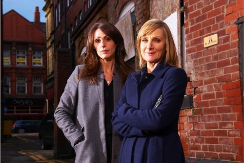 The stars of SCOTT & BAILEY wanna help us!