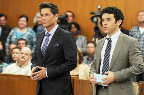 THE GRINDER: THE GRINDER premieres this Fall on FOX.  Pictured L-R:  Rob Lowe and Fred Savage.  ©2015 Fox Broadcasting Co.  Cr:  Ray Mickshaw/FOX