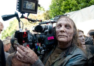 the-walking-dead-episode-603-bts-greg-nicotero-walker-935