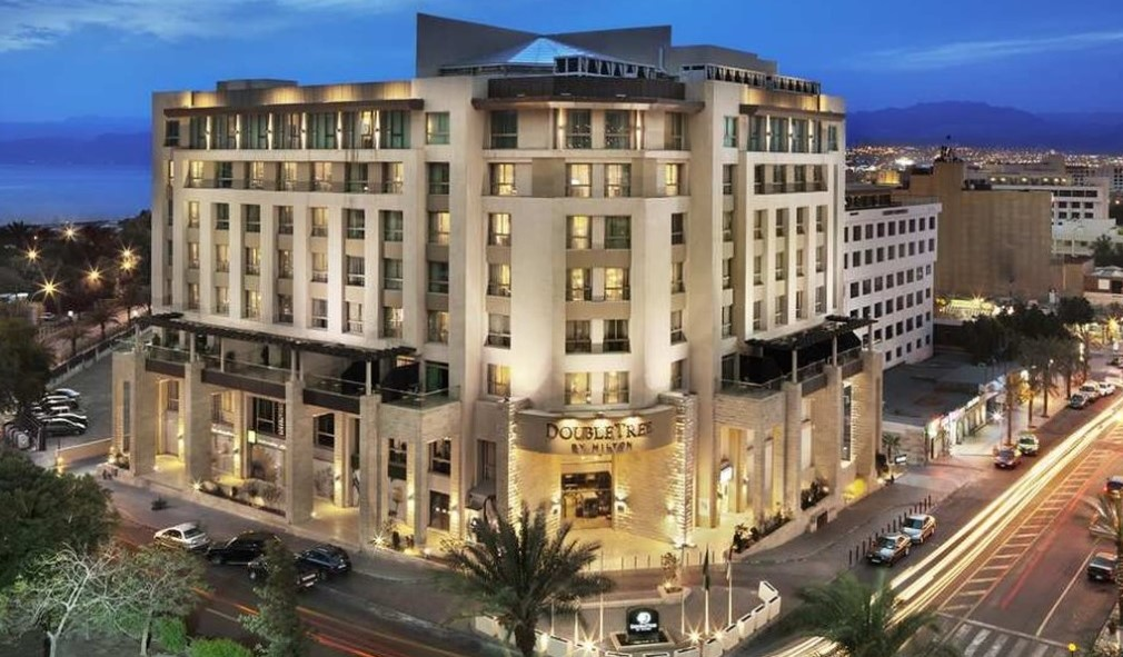 The Hilton DoubleTree is a hotel located in the center of Aqaba, Jordan. This family-friendly hotel boasts first class service & comfortable rooms.