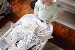 4 Helpful Tips for Managing the Family Laundry