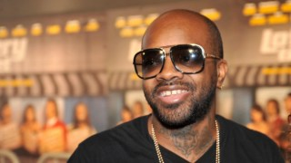 121211-music-jermaine-dupri-sued-over-lamborghini