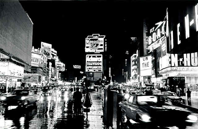 times-square-at-night-1962