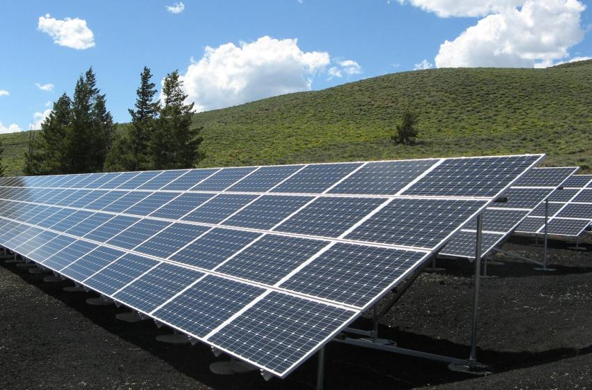A Look At Investment Growth In Renewable Energy