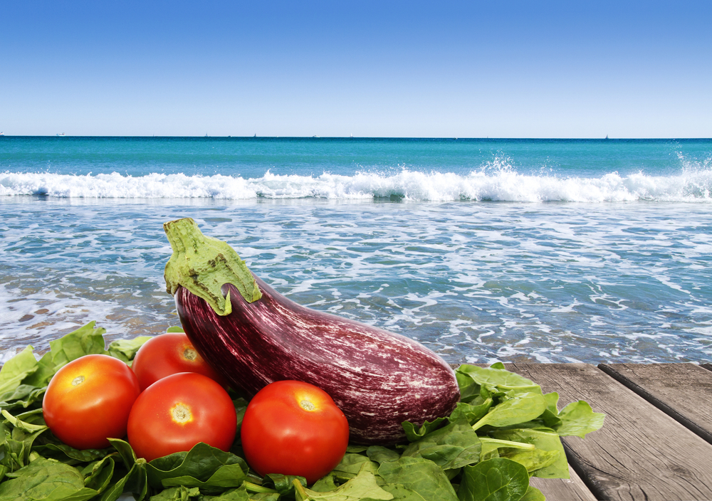Eating a Veggie-Rich Mediterranean Diet Can Reduce Breast Cancer RisK
