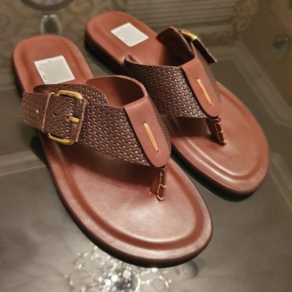 TAN Slippers 005 1