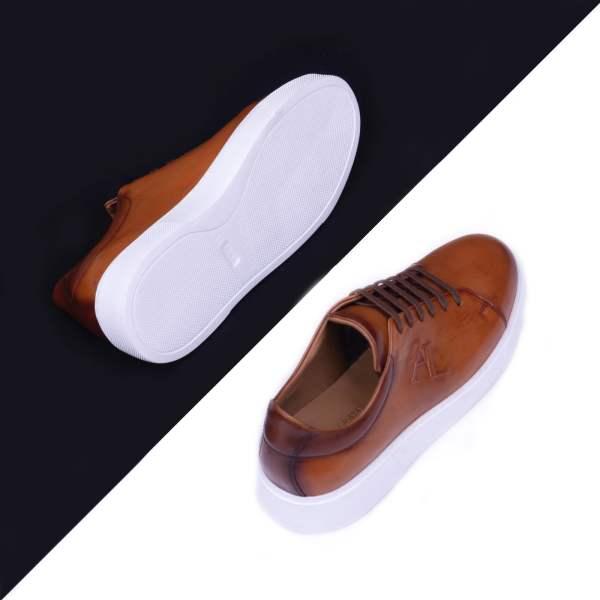 Aristocrats Sneakers 004 1