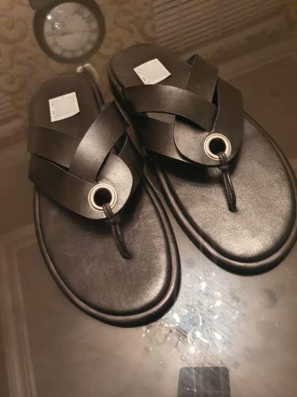 TAN Slippers 033 1