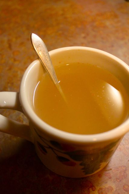 Home Remedy: Sore Throat Tea – Twig and Feather