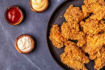 Oatmeal-crusted chicken fingers and dipping sauce