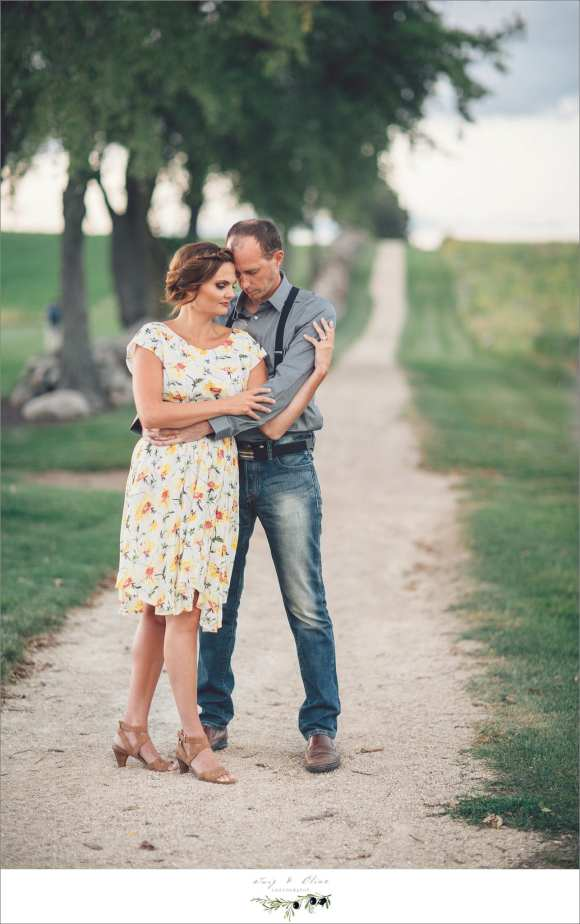 vintage inspired engagement session