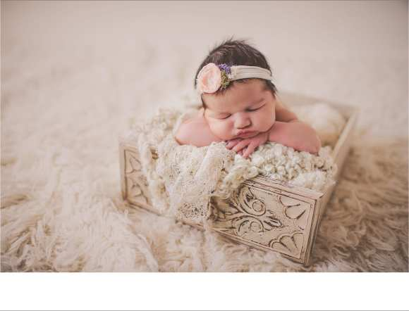 Twigandolivephotography, hair flower, bundles and baskets, Sun Prairie Newborn session
