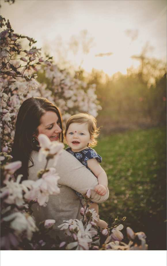 happy moms, happy babies, little kids, blossoms, trees, Olbrich gardens,  Dane County Regional area photography sessions