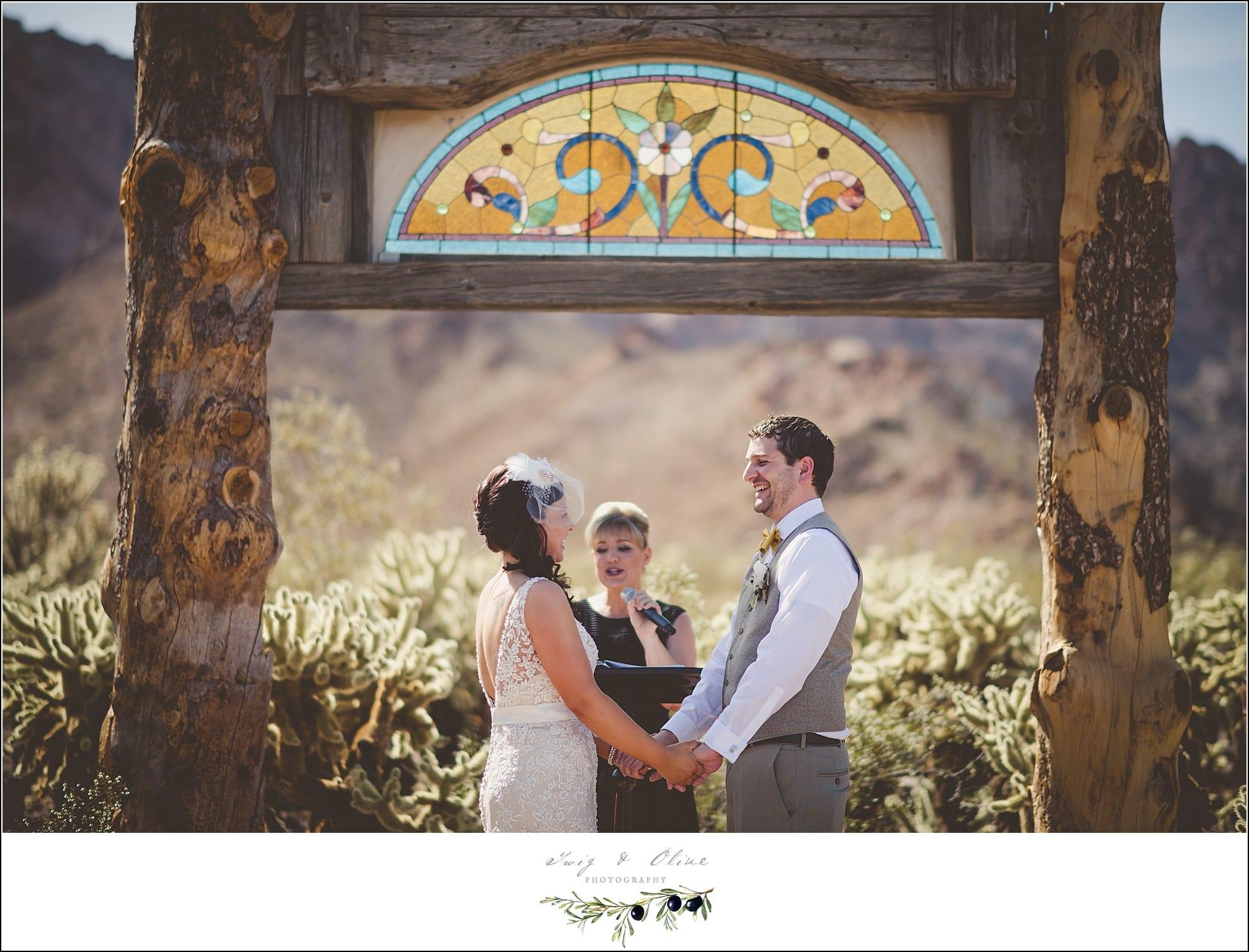 Wedding Photography Las Vegas Nevada: Twig & Olive PhotographyNelson Nevada Ghost Town Wedding