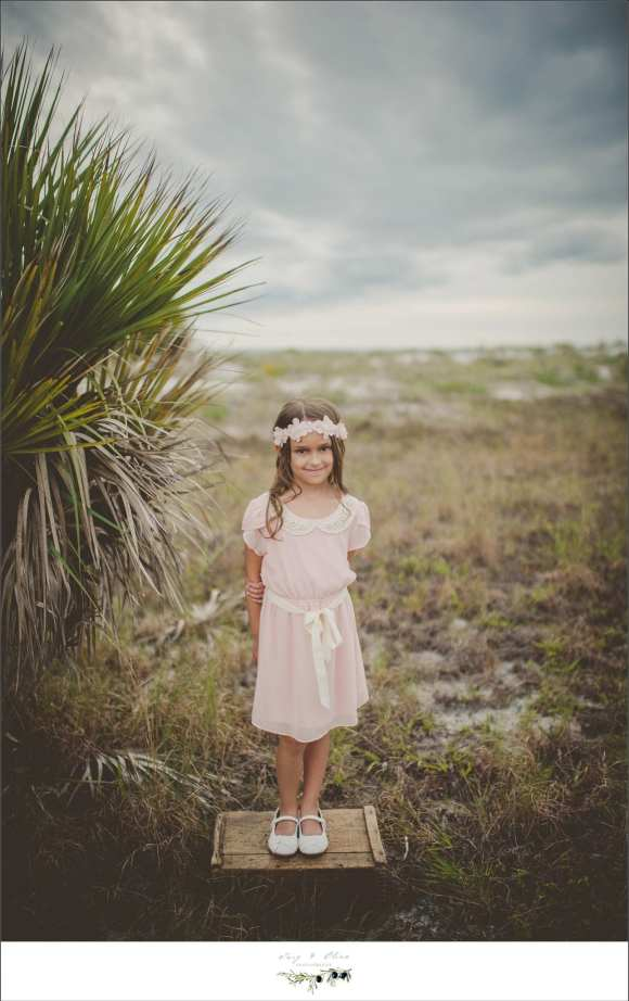 hair flower, florida sun children, Florida backdrop, palm trees, open space, vintage dresses, Florida Family sessions, Florida photography, Twig and Olive
