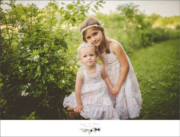 sisters, siblings, angels, vintage dress, white dresses, happy kids, stoic,, iconic, classic,  TOP