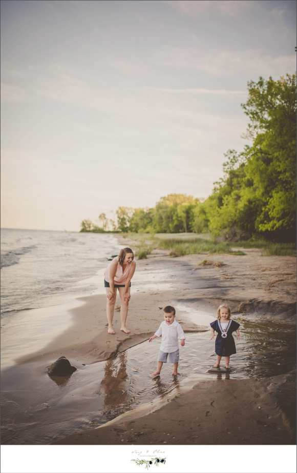 three kids, parents, family sessions
