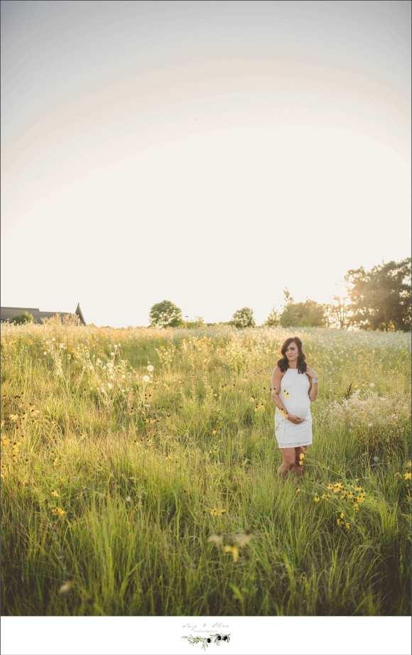 open fields, praise grass, white dress, maternity sessions
