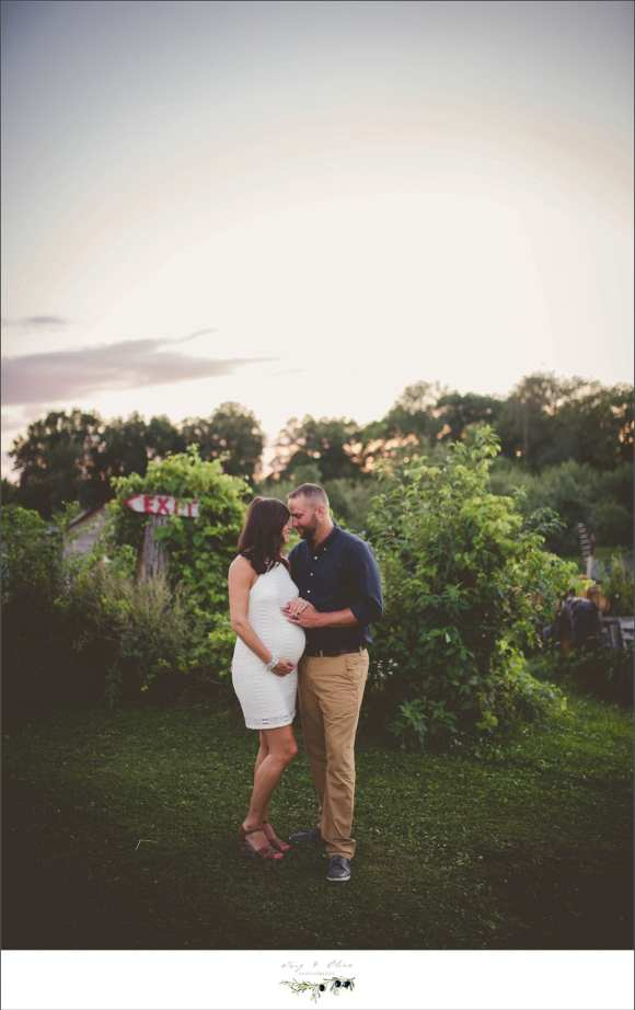 outdoor maternity sessions, white dresses, happy couples, prairie fields