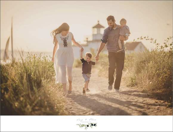 seattle backdrop, family sessions, moms and dads and kids, Twig and Olive