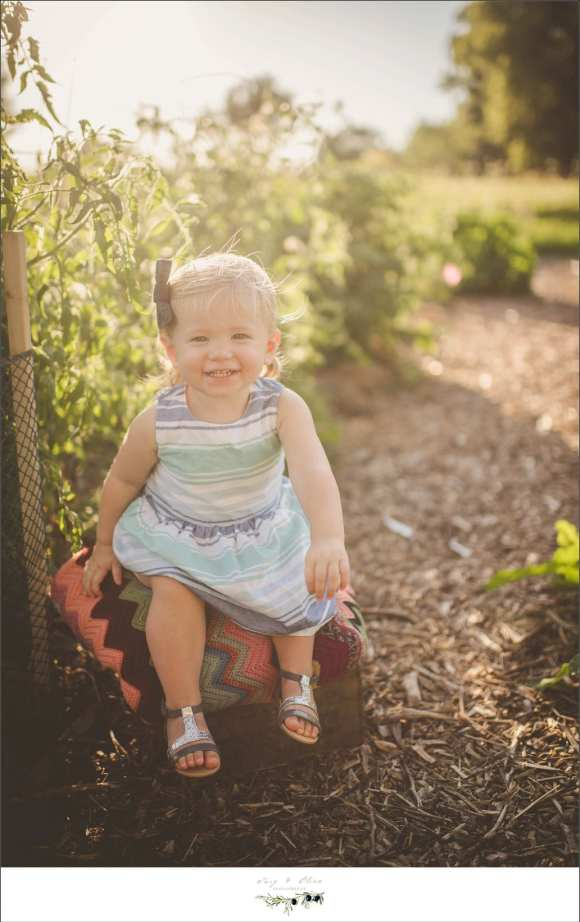 cute kid, outdoor sessions, family sessions