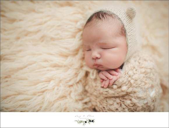 eskimos, swaddled newborns