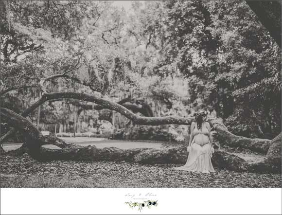 classic black and white maternity session