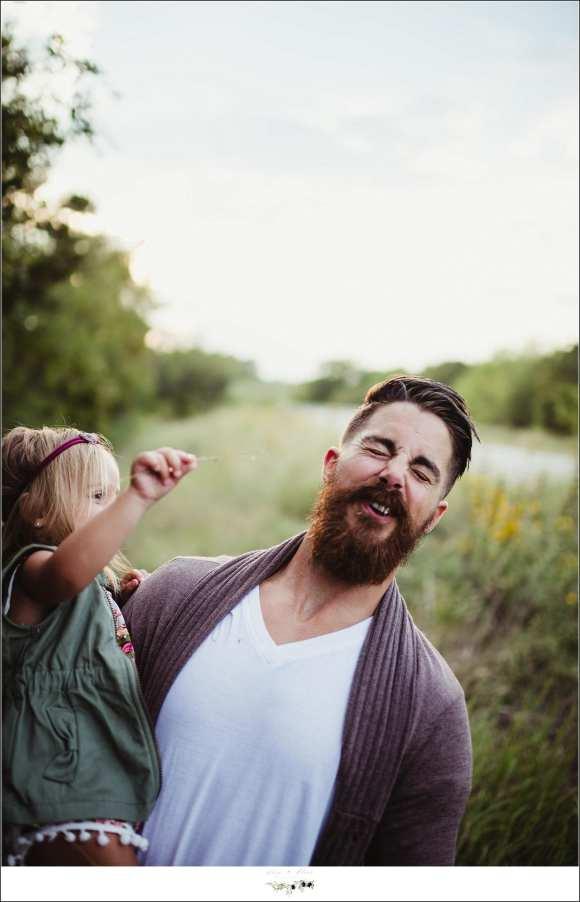 pull daddy's beard
