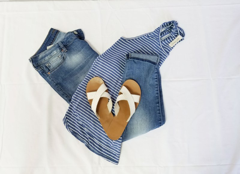 skinny jeans and tank top outfit for summer