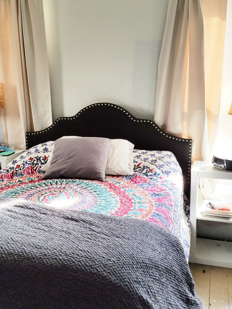 nailhead traditional bed for master bedroom