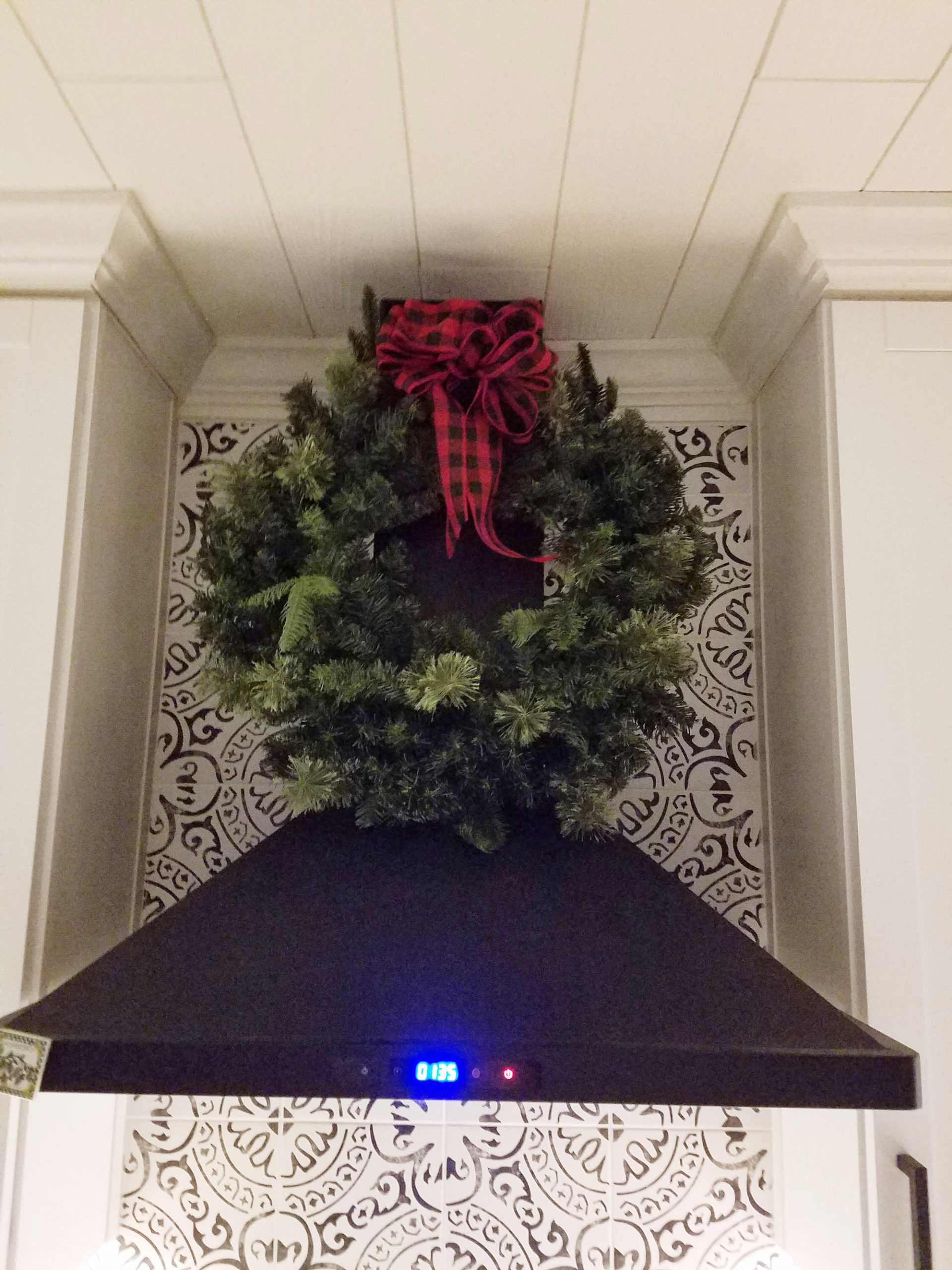 holiday-decorating-4