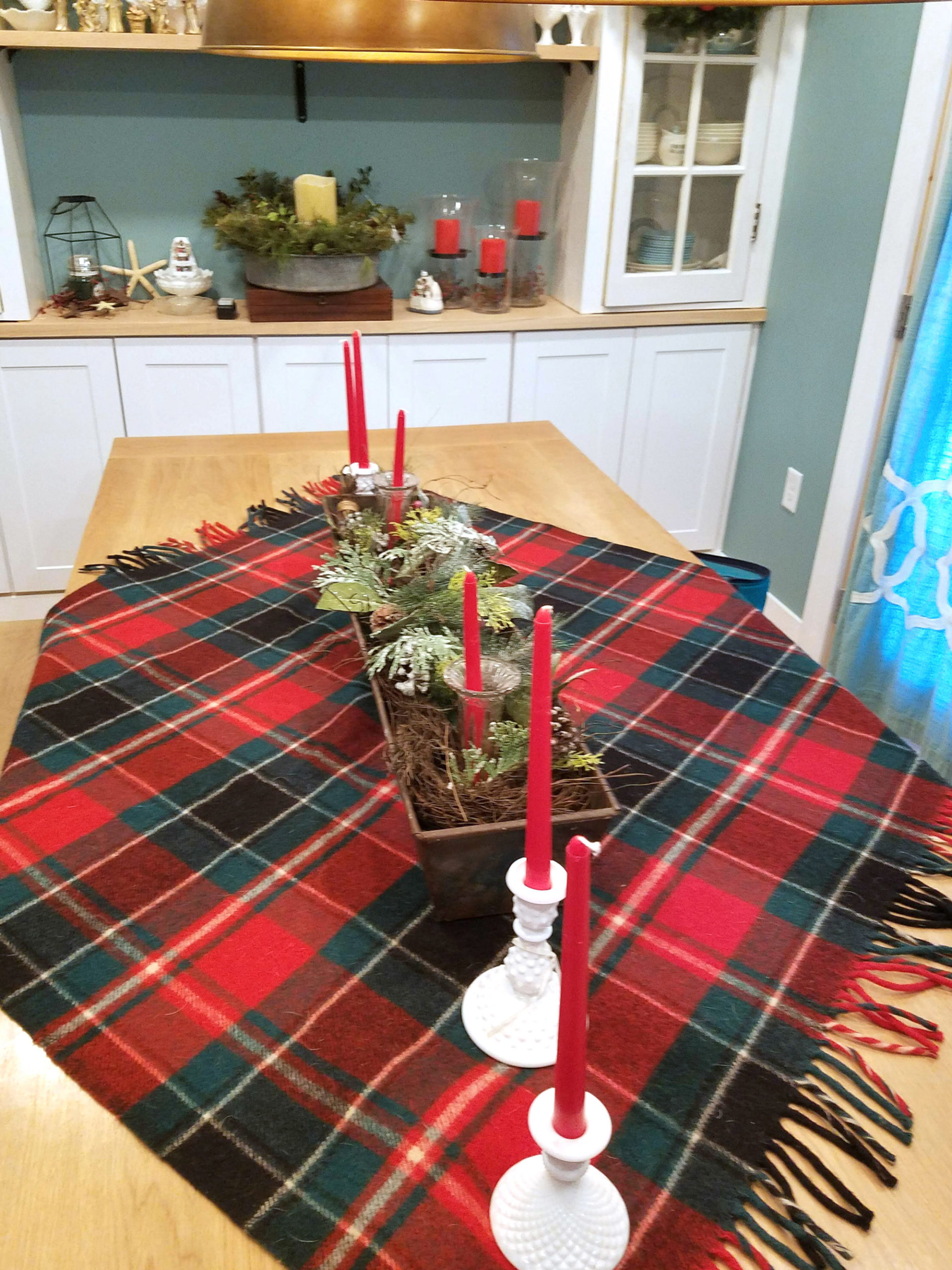 holiday-decorating-6