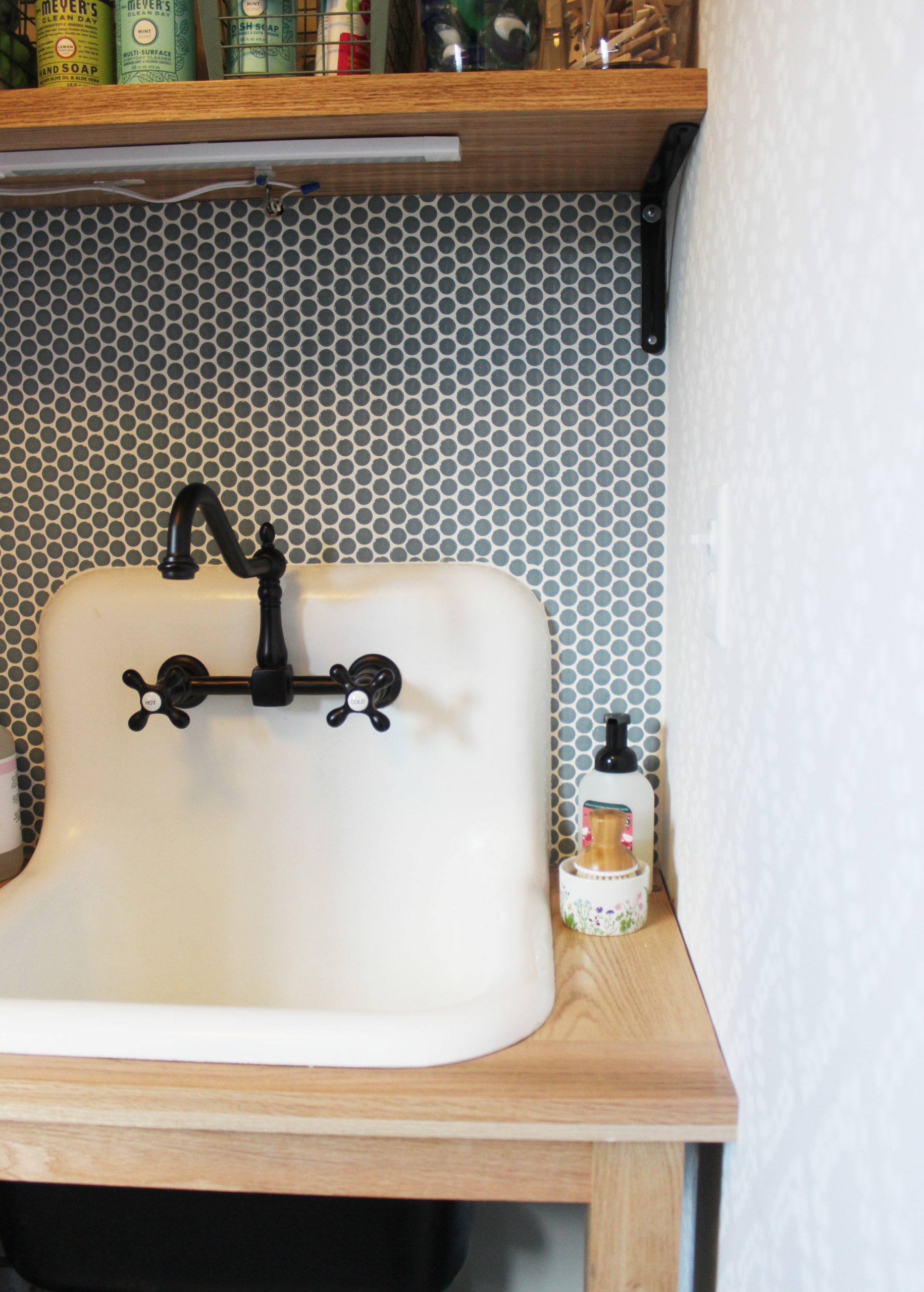 laundry-room-reveal-laundry-utility-sink-and-penny-tile-4