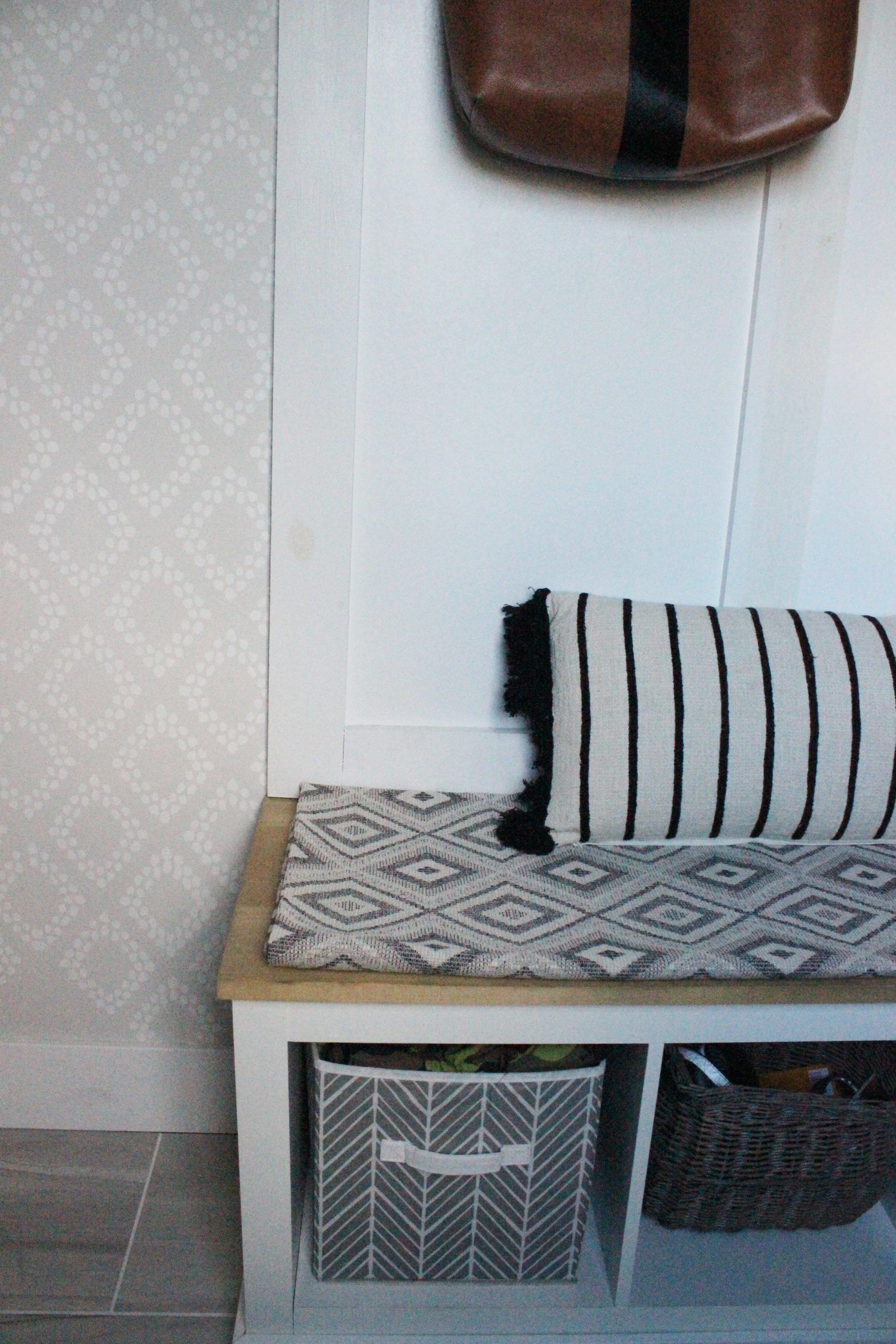 mudroom-reveal-bench-1