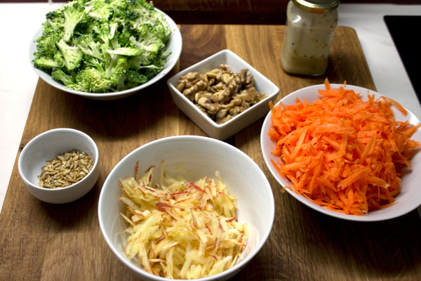 broccoli carrot apple salad ingredients