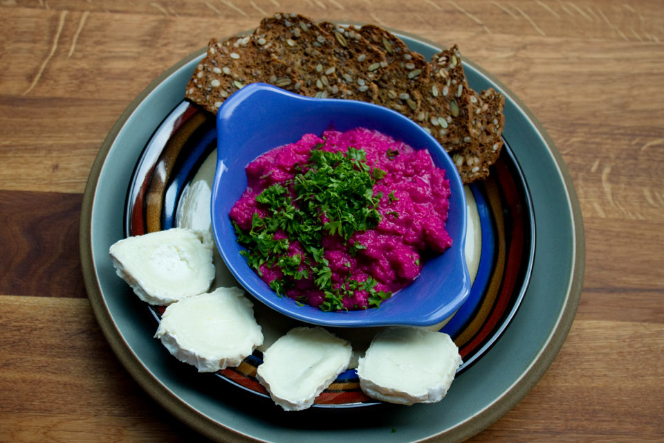 Lazy Beetroot and Butter Bean Dip