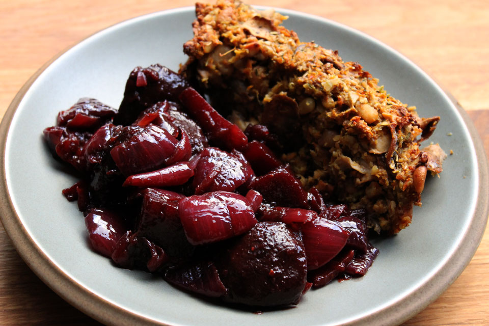 red-onion-beets-nutloaf