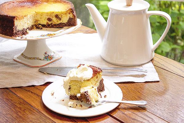 slice-of-baked-cheesecake