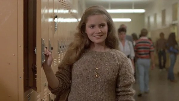 Jennifer Jason Leigh's as Stacy at her locker.